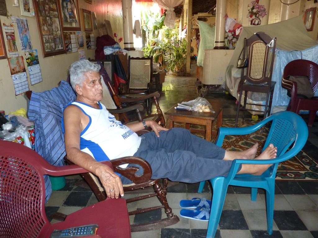 An old man keep cools